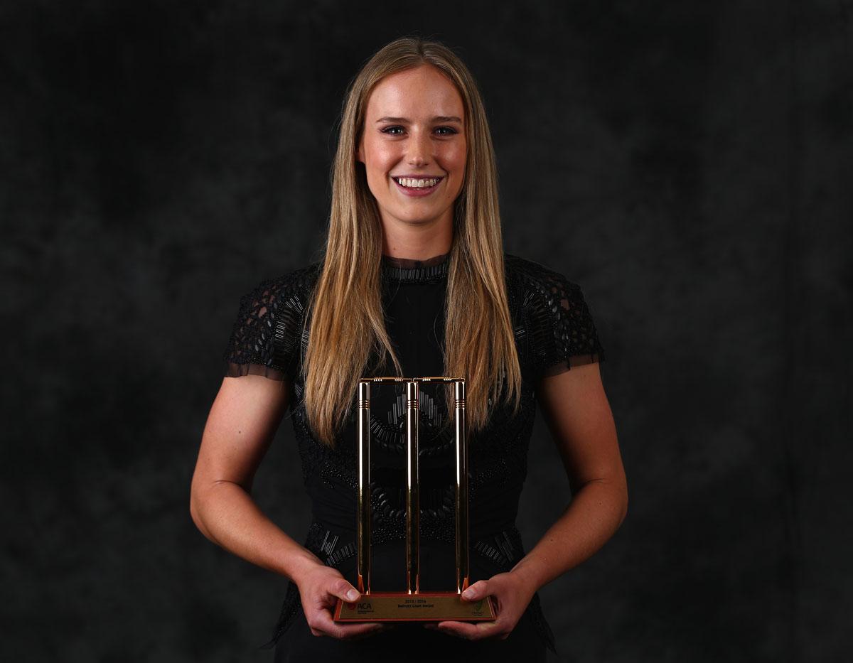 Ellyse Perry won the 2016 Belinda Clark Award // Getty