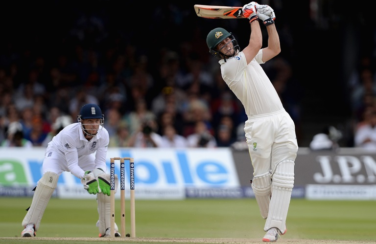 Mitch Marsh goes big in 2015 Ashes, Jos Buttler looks on