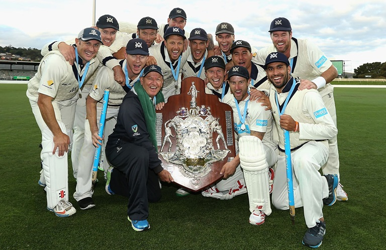 Victoria with the 2014-15 Sheffield Shield trophy // Getty Images