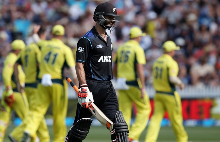 Aussies-roll-Black-Caps-for-246-still
