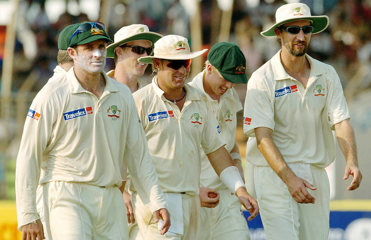 Gillespie (right) took 3-11 in five overs in Bangladesh's first innings // Getty