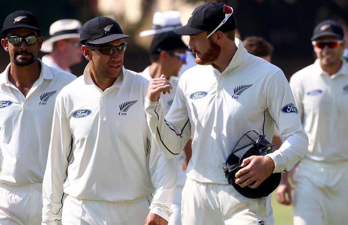 Latham ton helps New Zealand dominate Zimbabwe