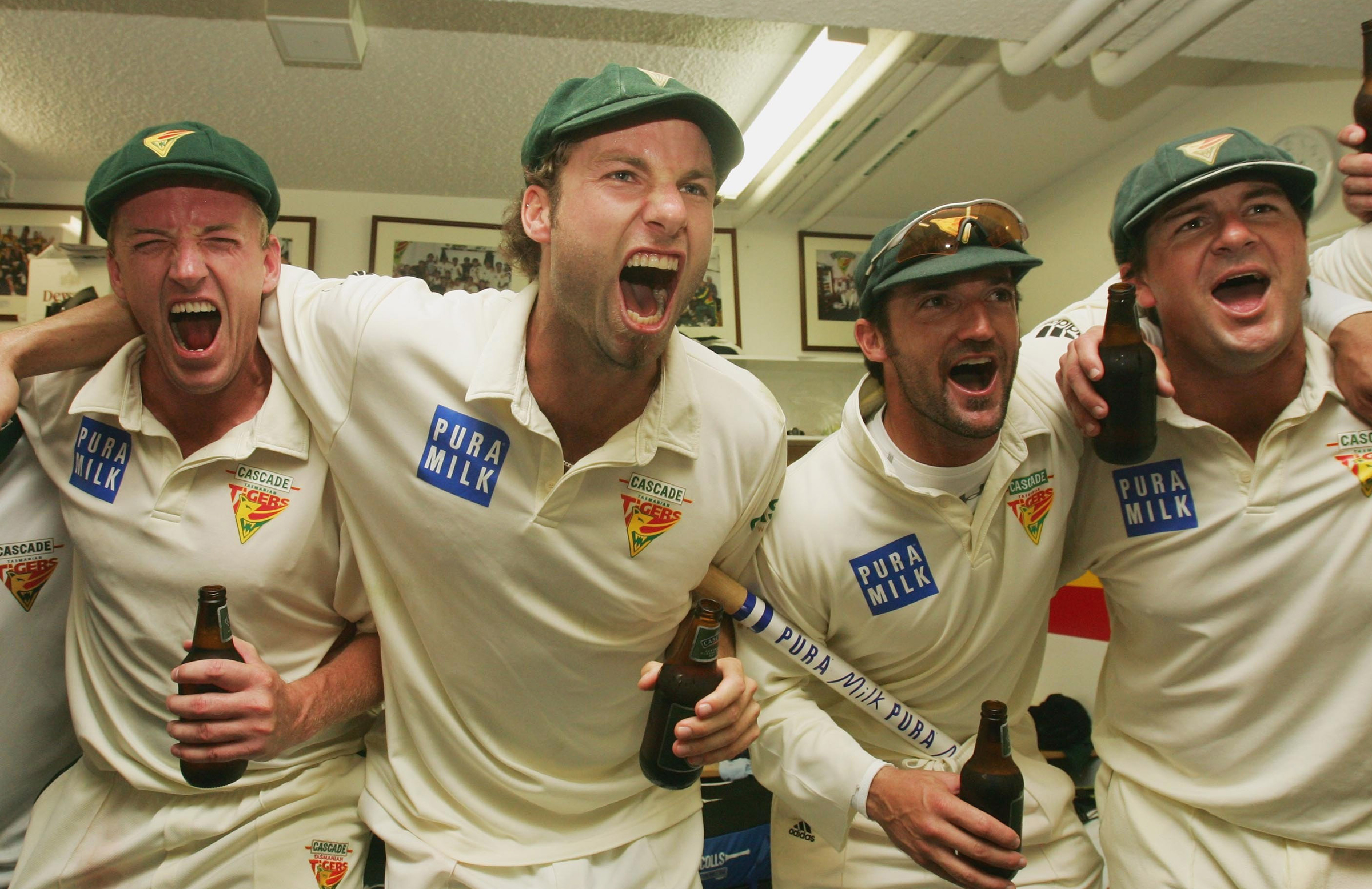Griffith (second from left) celebrates Tasmania's 2006-07 Shield title // Getty