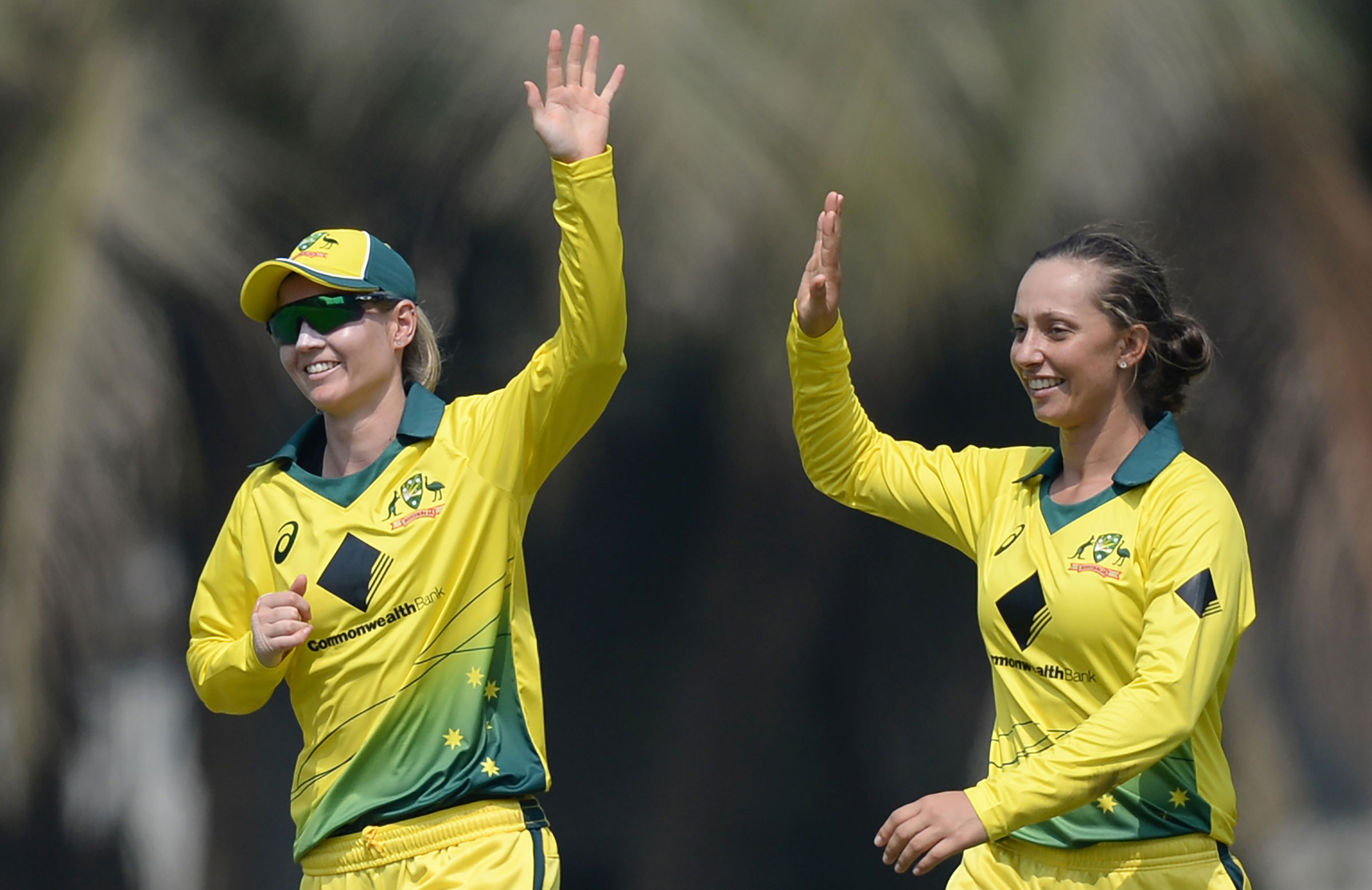 Meg Lanning and Ashleigh Gardner // Getty