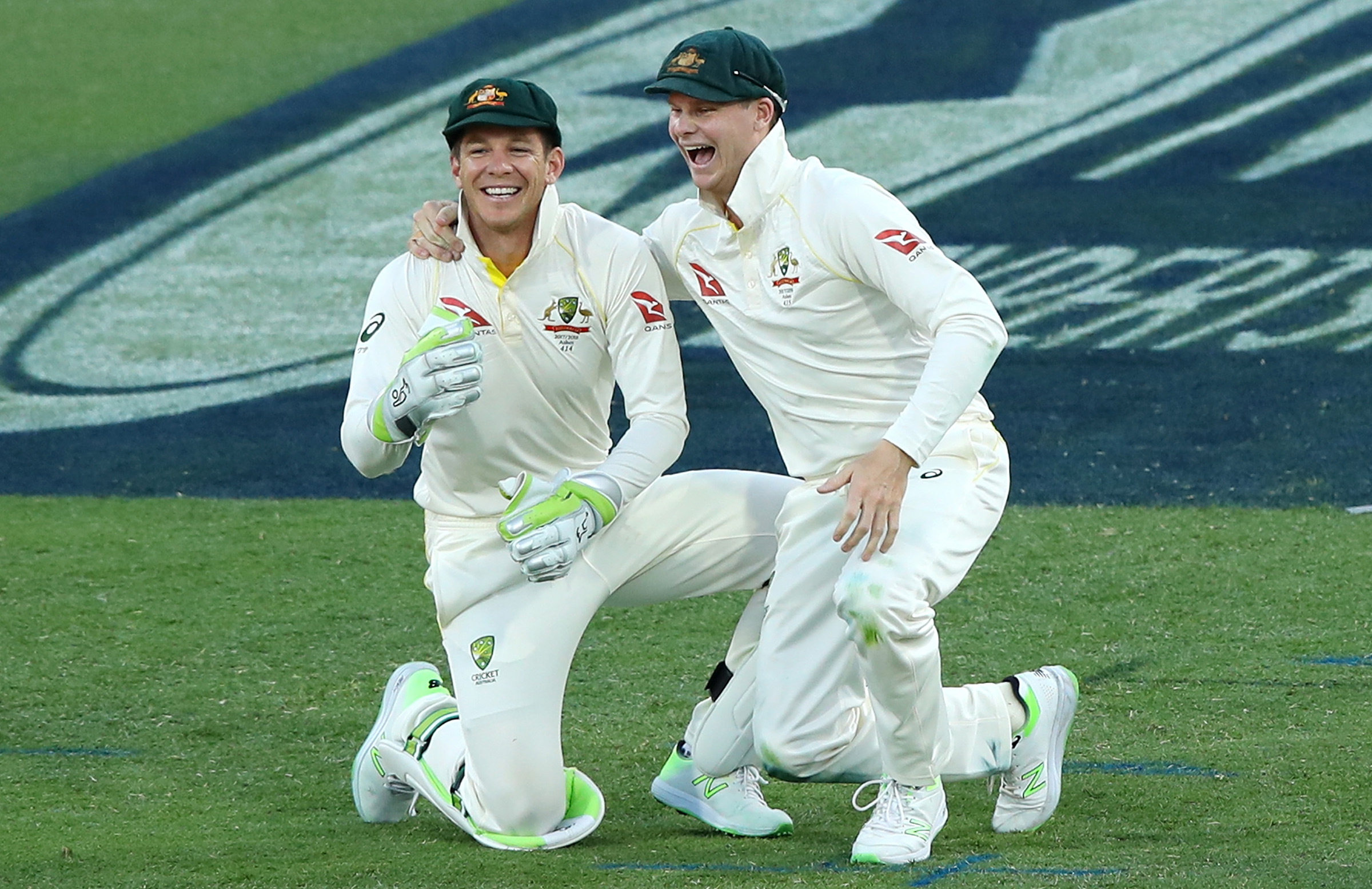 Paine and Smith in happier times during the Ashes // Getty