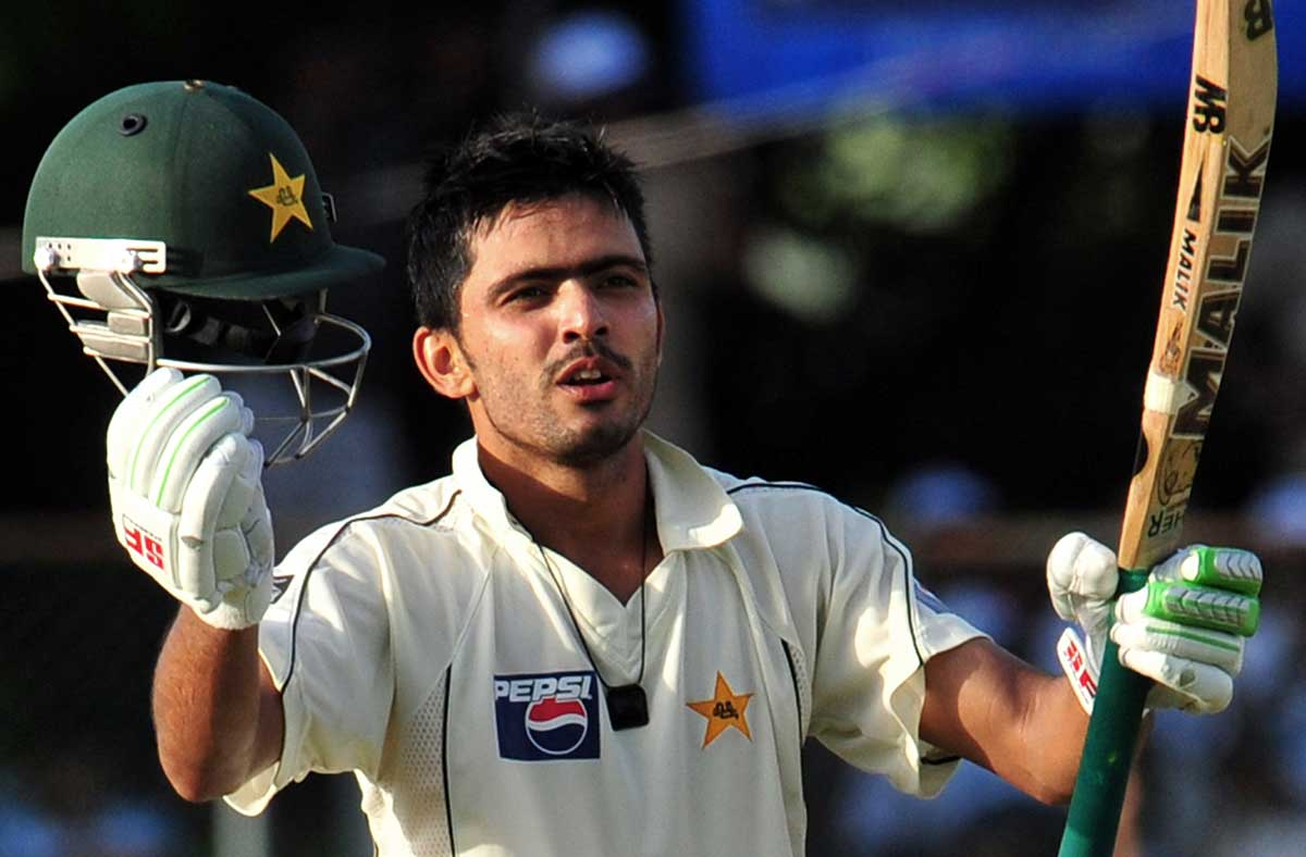 Fawad Alam celebrates a Test ton against Sri Lanka in 2009 // Getty