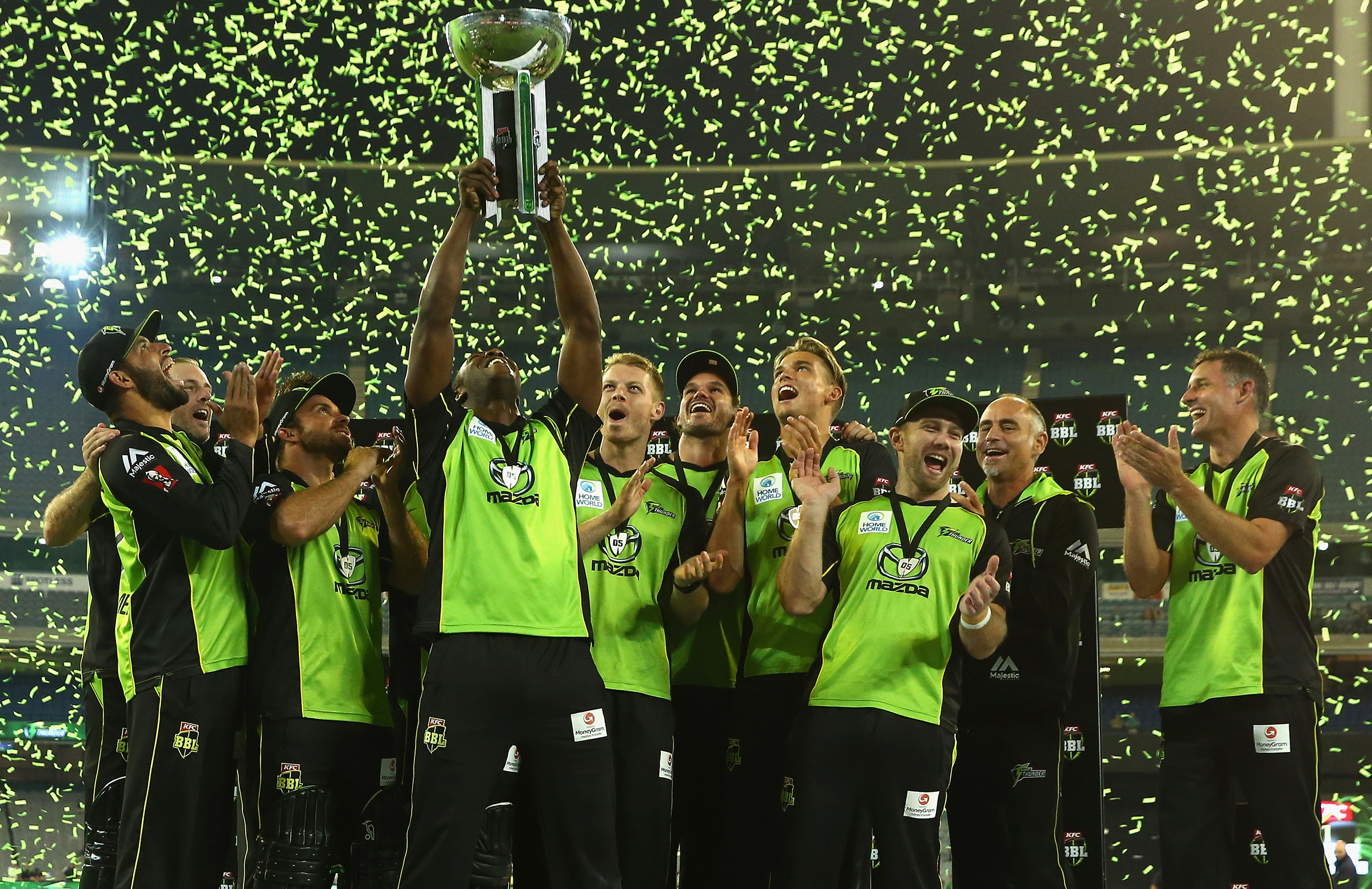 Blizzard (third from right) celebrates the Thunder's BBL|06 title // Getty