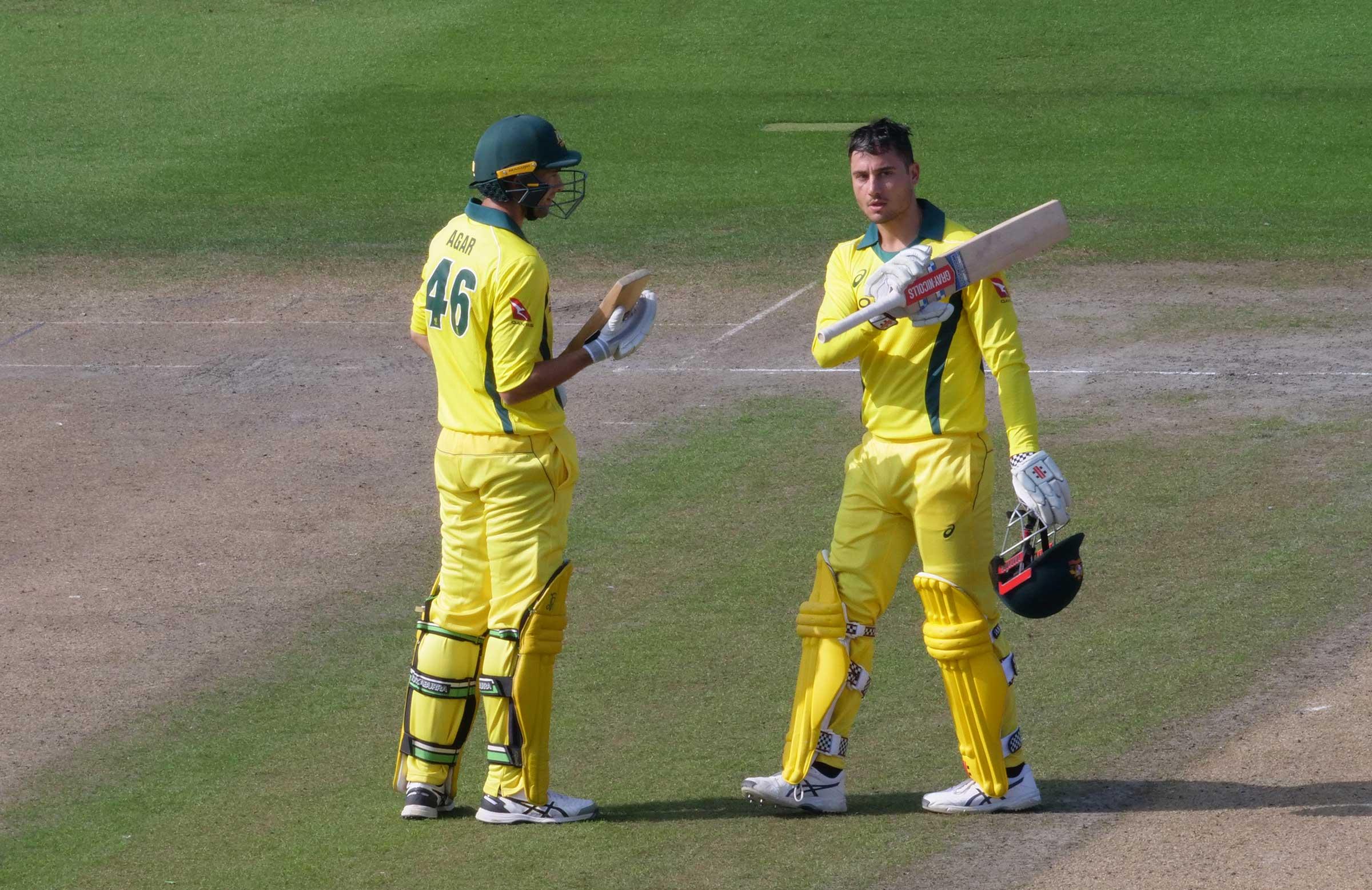 Stoinis salutes his century // cricket.com.au