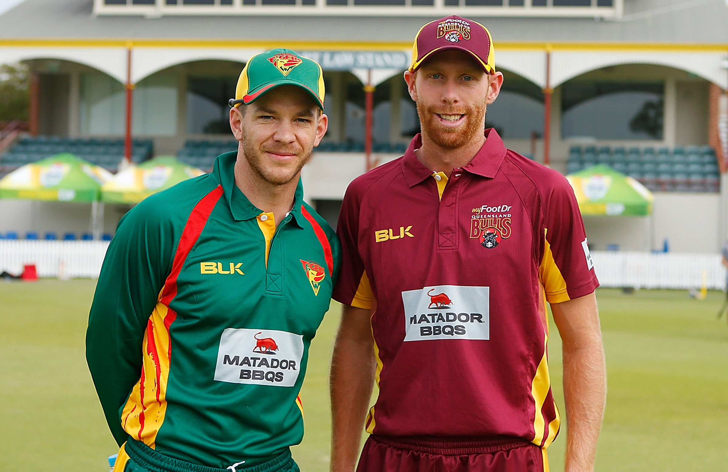 Skippers Tim Paine (l) and Floros (r) before a 2016  JLT Cup match // Getty