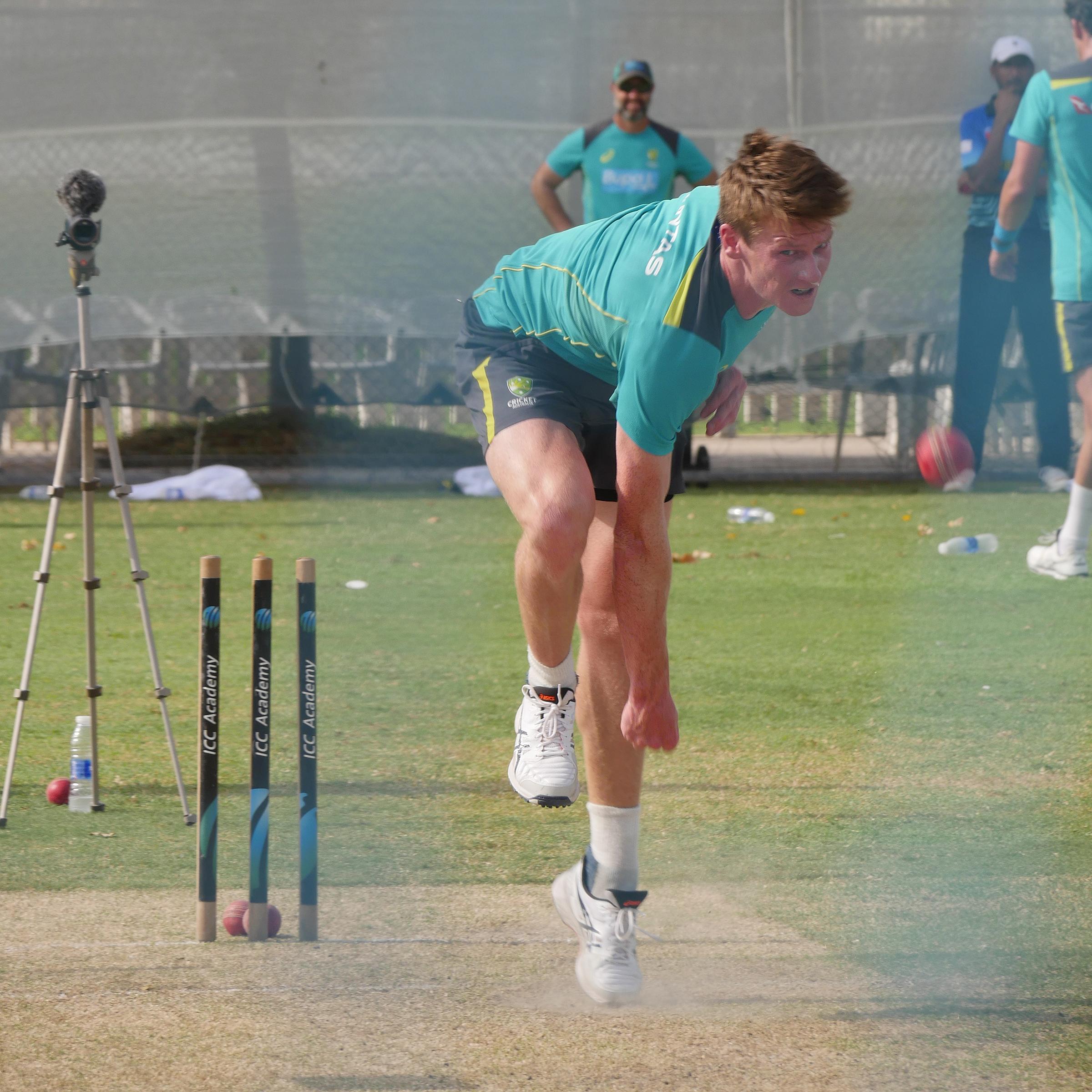 Doggett steams in at Australian training // cricket.com.au