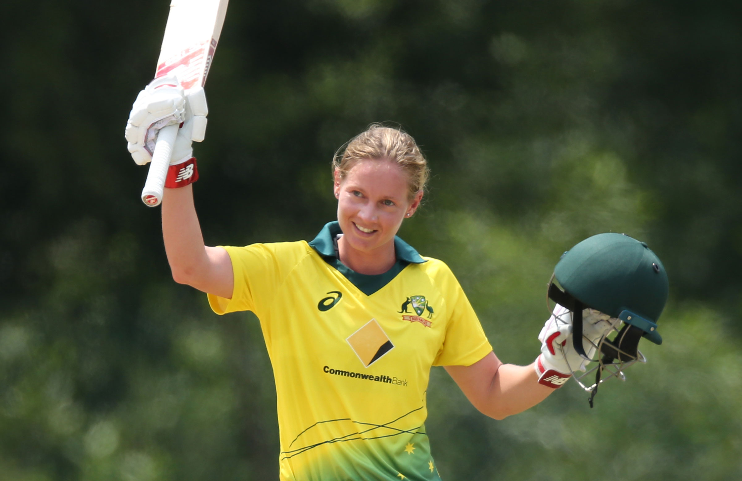 Lanning smashed her 12th one-day ton // PCB