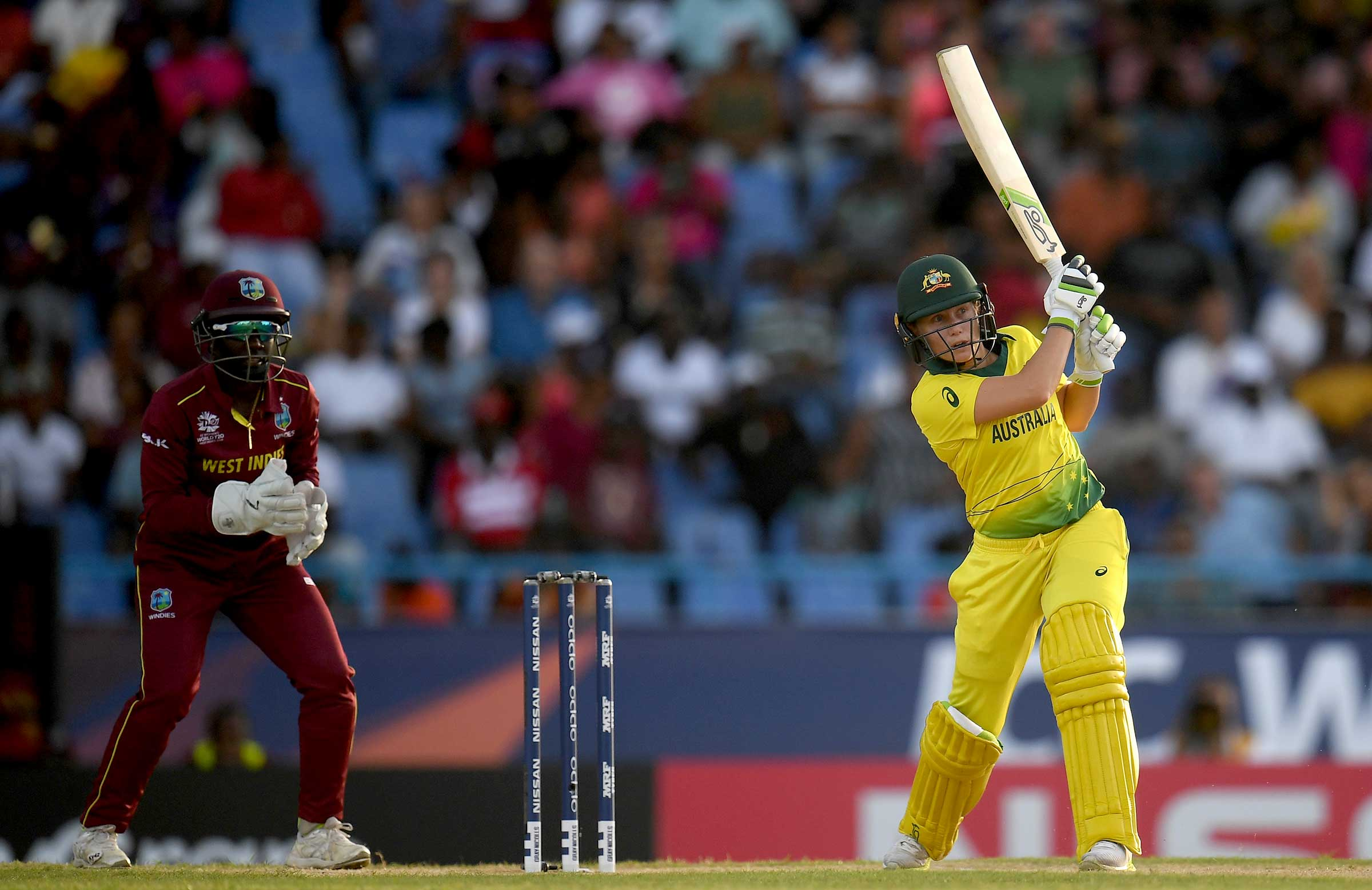 Alyssa Healy goes on the attack for Australia // cricket.com.au