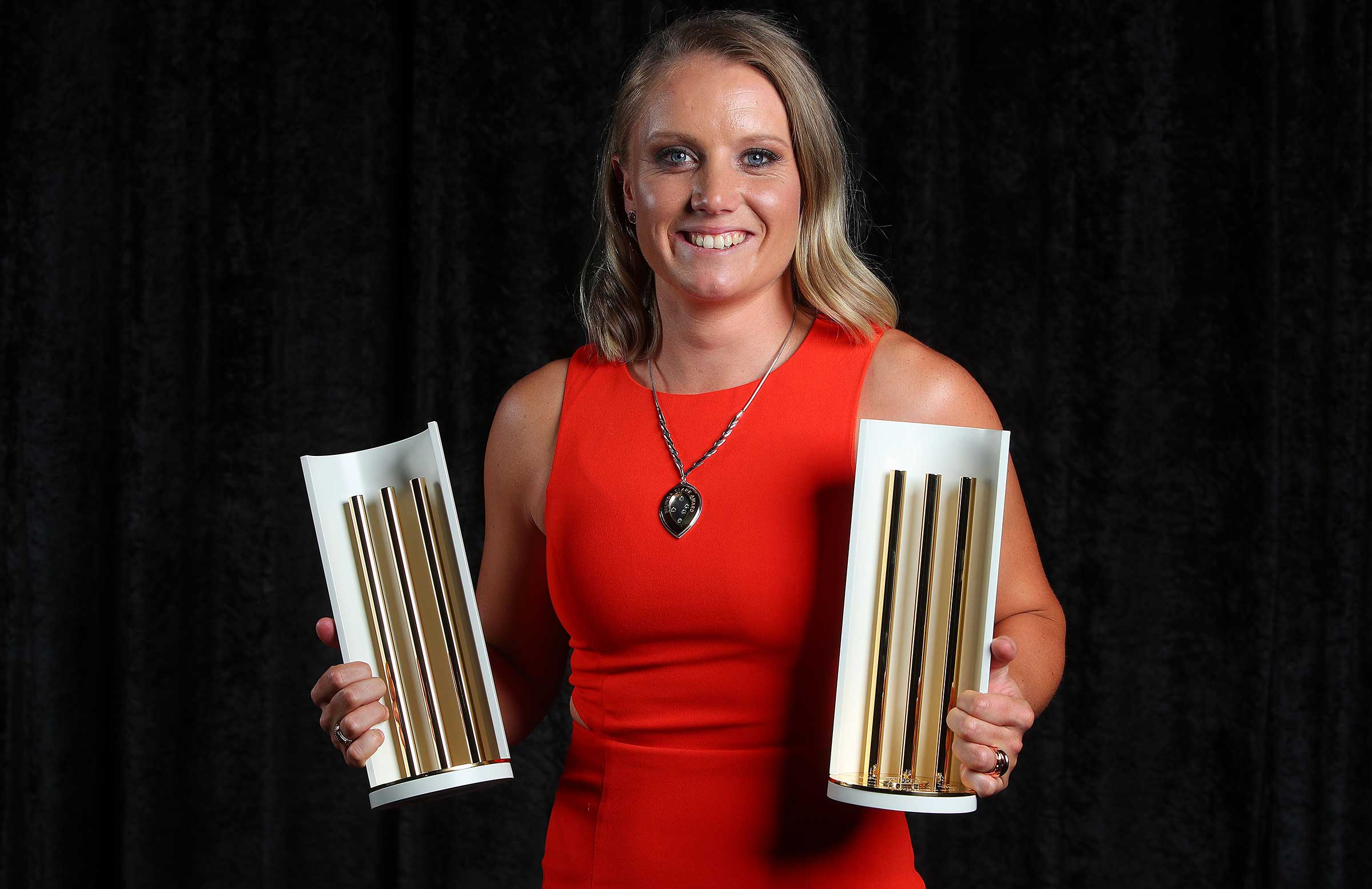 Alyssa Healy swept the pool at this year's Australian Cricket Awards // Getty