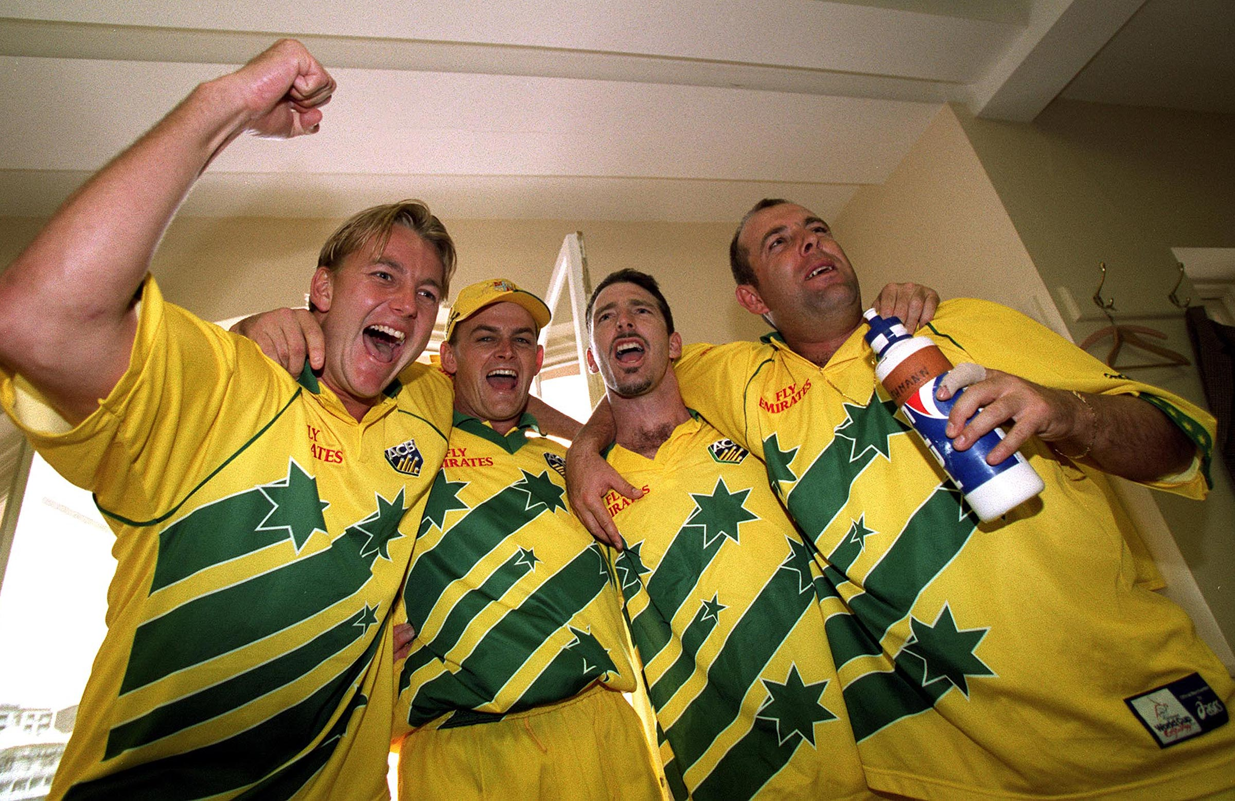Australia celebrate their win at Lord's