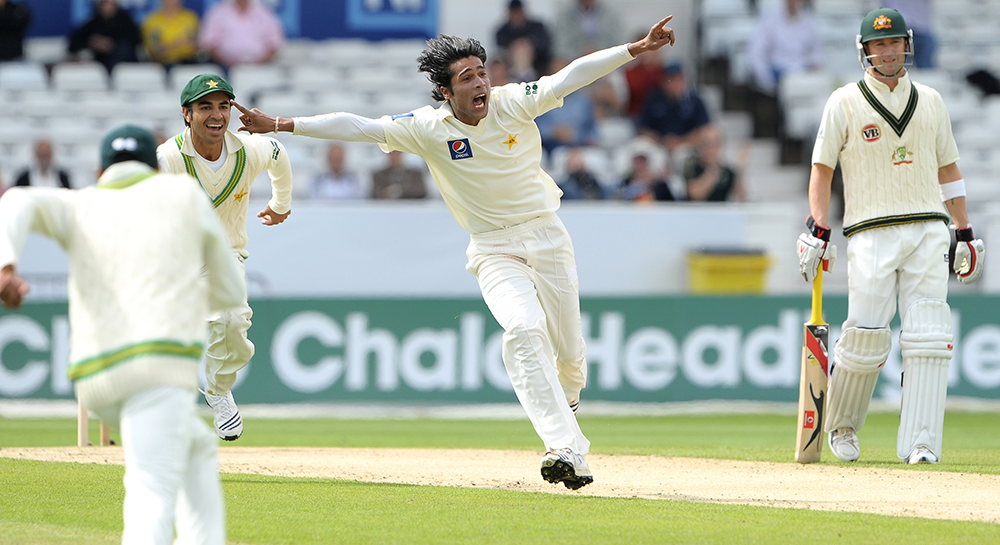 Mohammad Amir rips through the Australian top order in 2010 // Getty