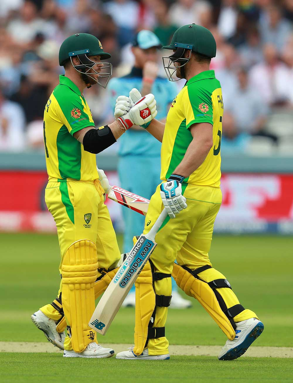 Warner and Finch put on 123 in 22.4 overs // Getty