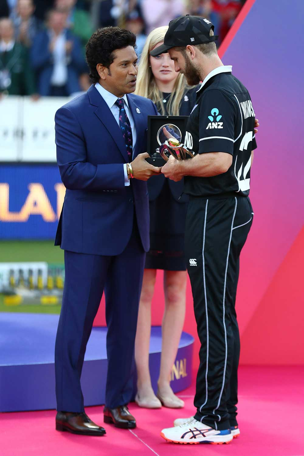 Kane Williamson receives the Player of the Tournament award // Getty