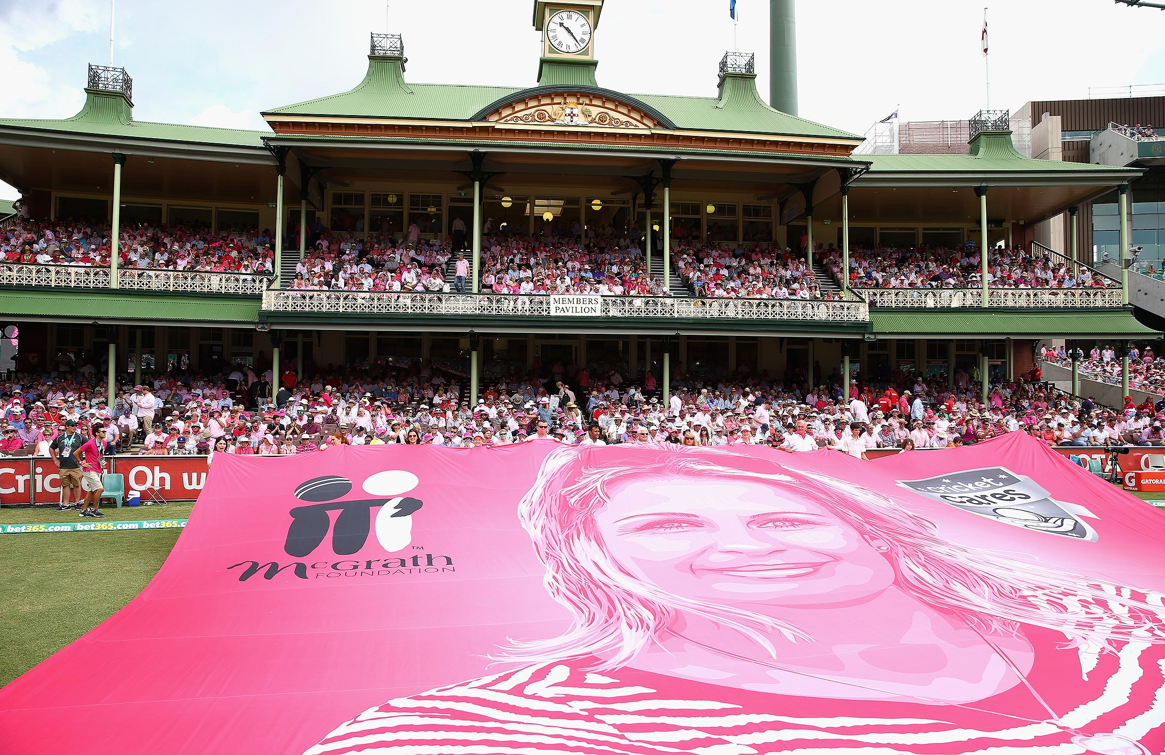 The SCG turns pink every year for Jane McGrath Day // Getty