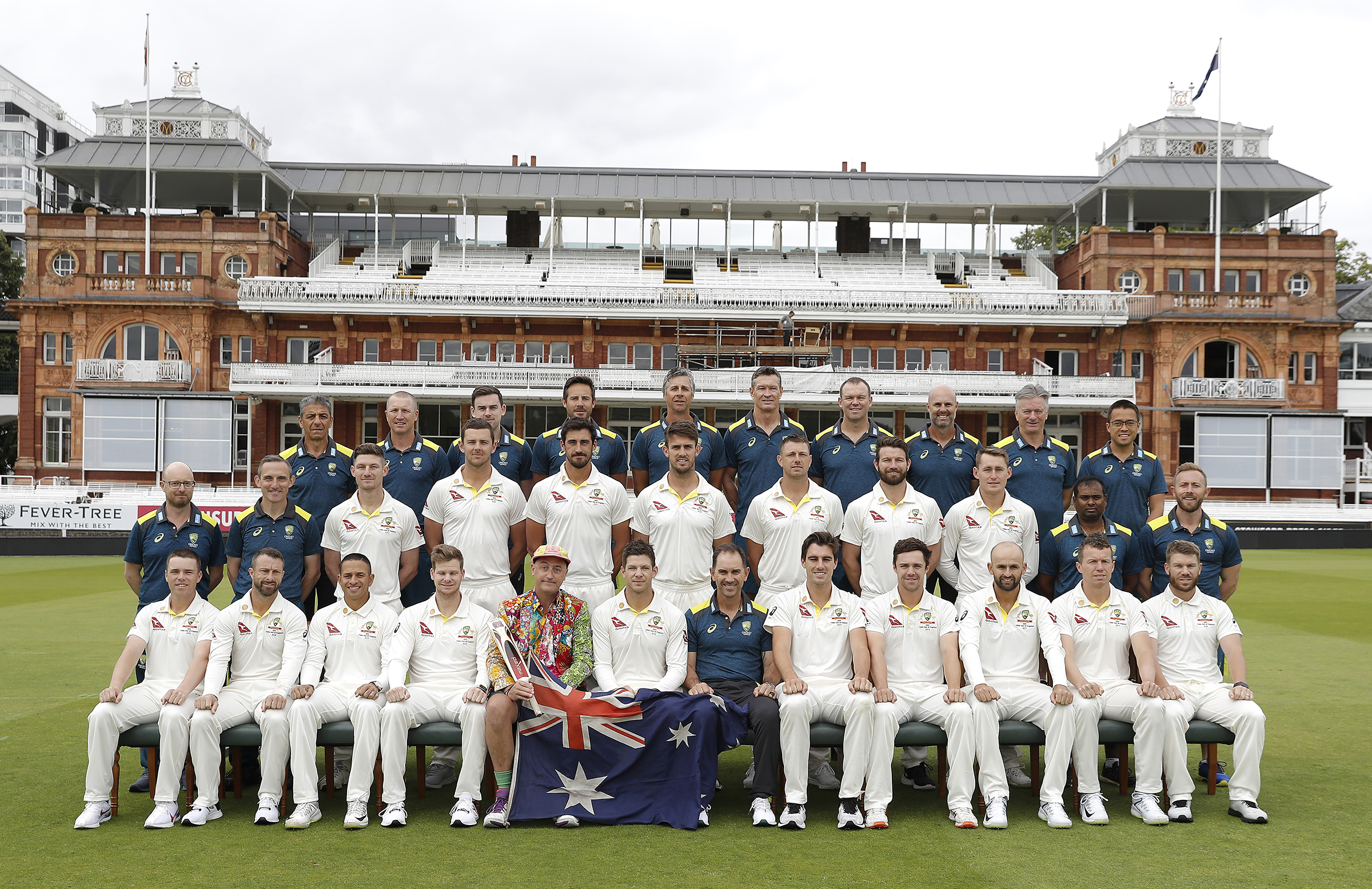 Sparrow sits in for Australia's Test squad team photo at Lord's // Getty