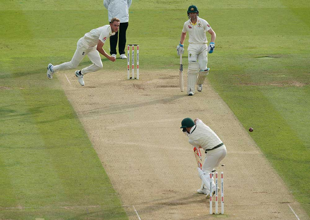 Stuart Broad's angle around the wicket has caused Warner problems // Getty