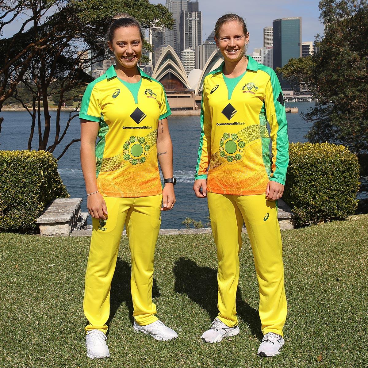 Ashleigh Gardner and Meg Lanning in Sydney