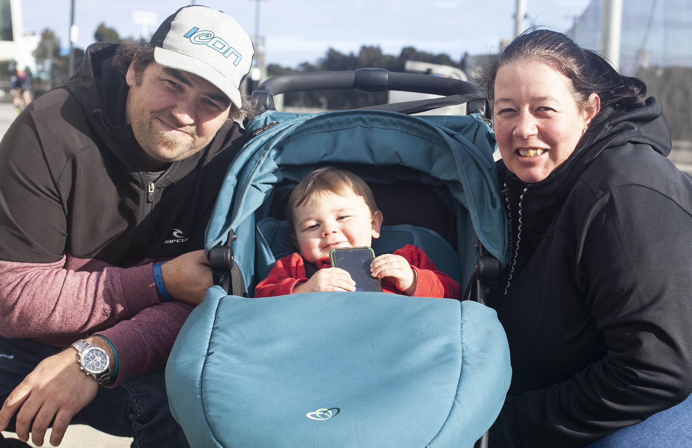 Gavan with fiancee Angela and their baby boy Oscar // cricket.com.au