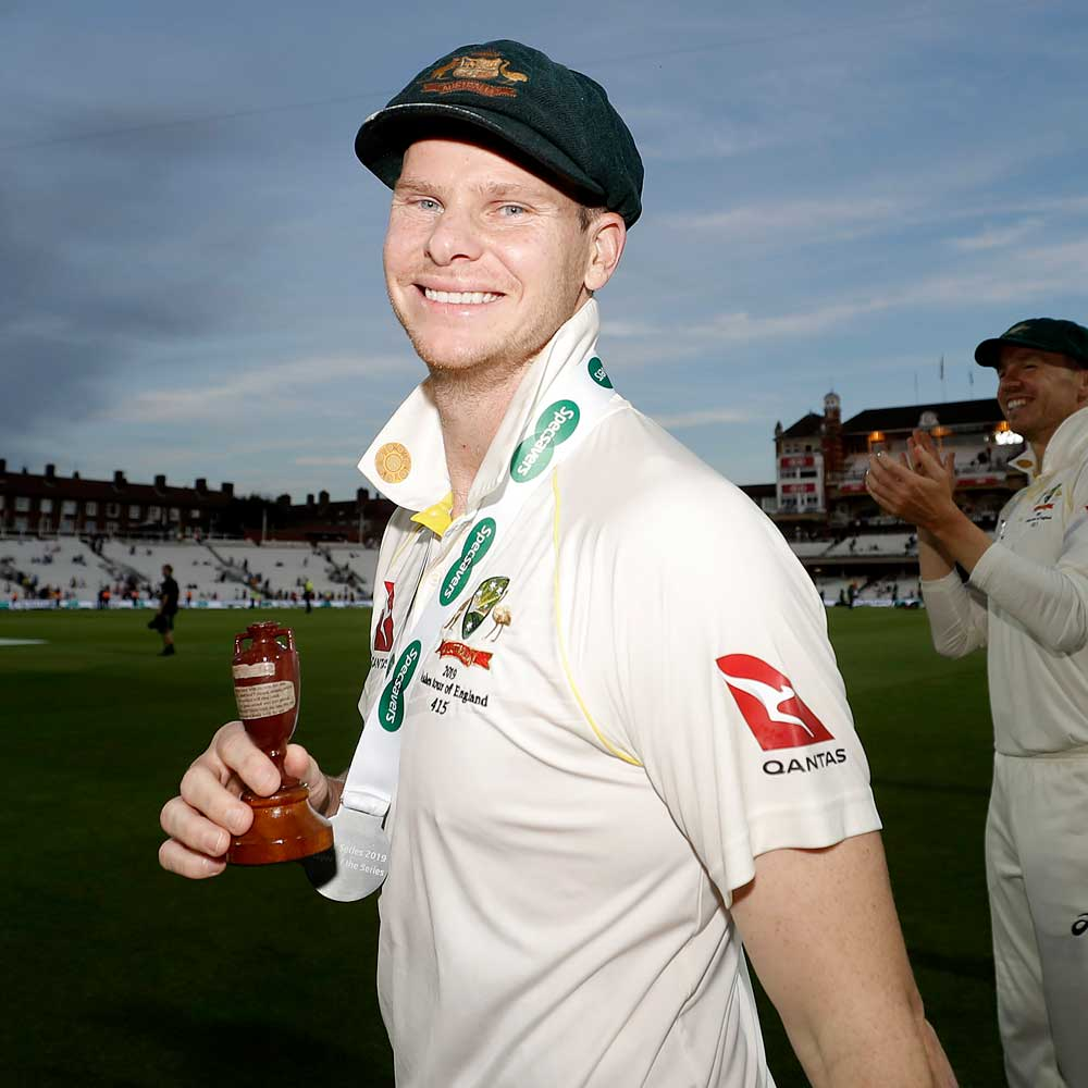 Steve Smith claimed the Compton-Miller Medal as player of the series // Getty