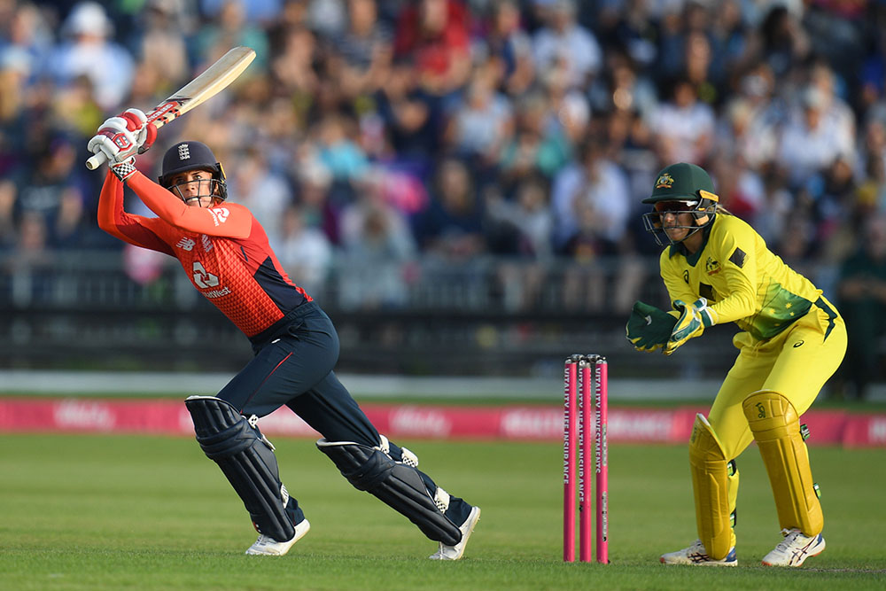 Lauren Winfield in action during Australia's recent Ashes series victory in the UK // Getty Sport