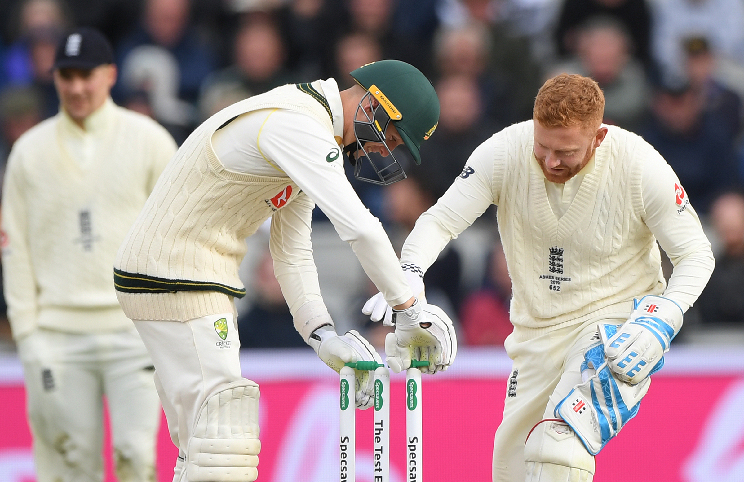 Labuschagne, Jonny Bairstow put the bails back on after wind blew them off // Getty