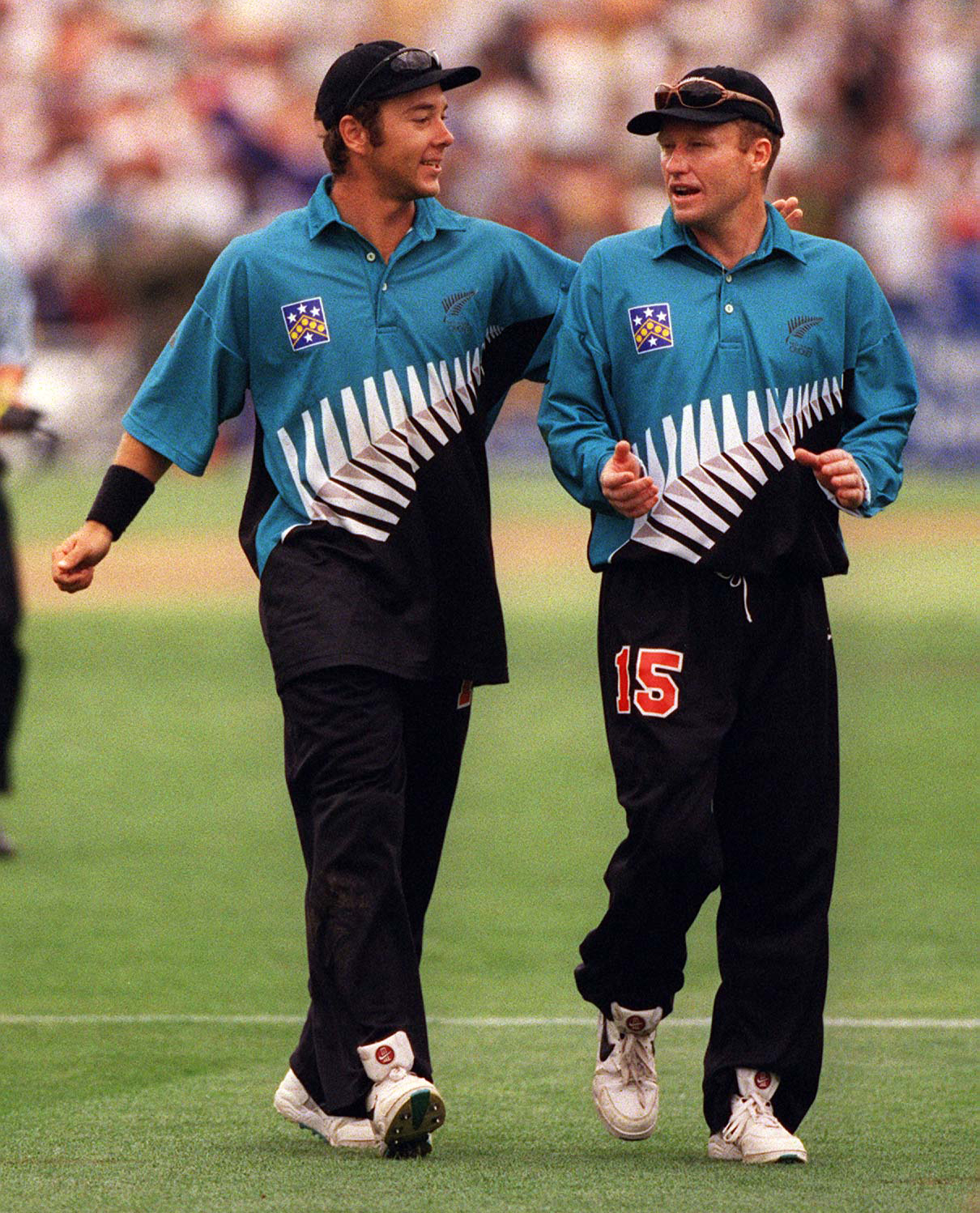 Nathan Astle and Mark Priest in the 1998 NZ ODI kit // Getty