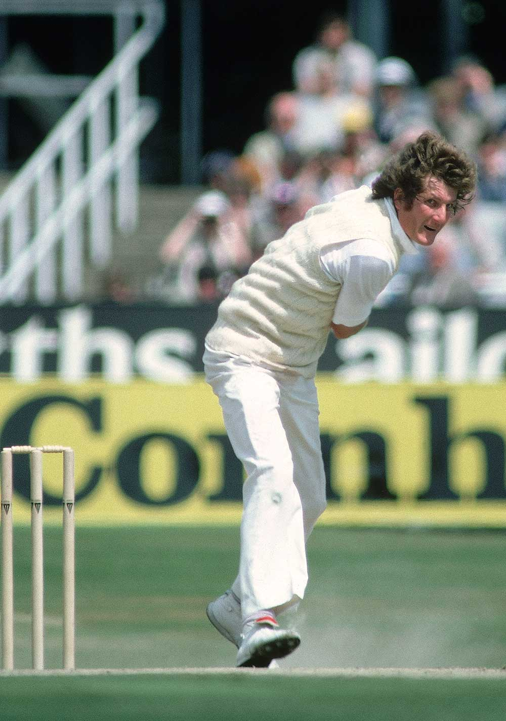 Bob Willis in action at Headingley, 1981 // Getty