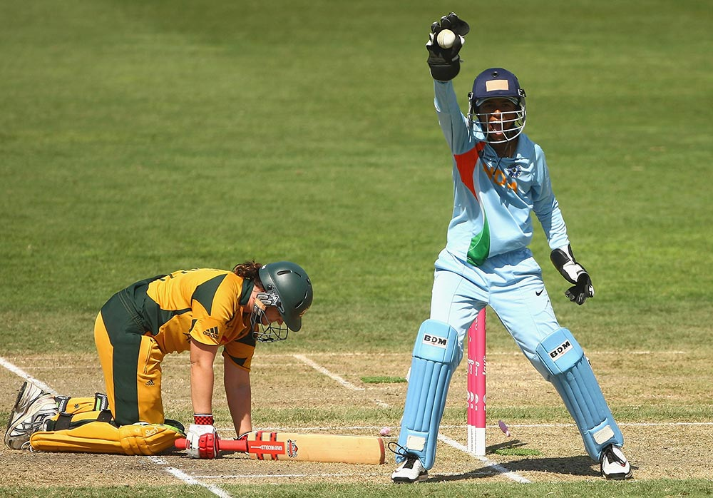 Karen Rolton was stumped in the 2009 World Cup match with India // Getty