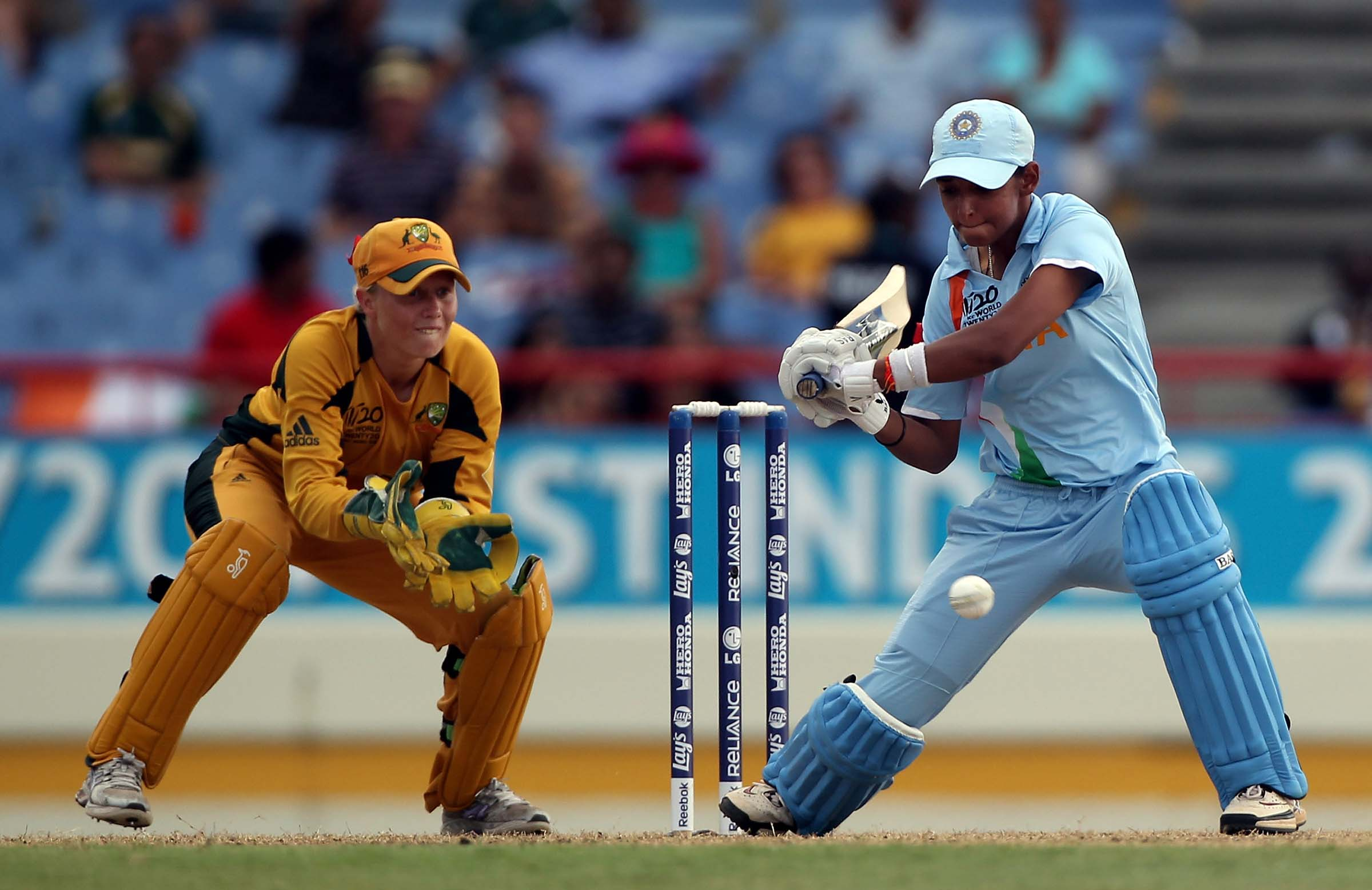 Healy keeps wicket during the 2010 T20 World Cup // Getty