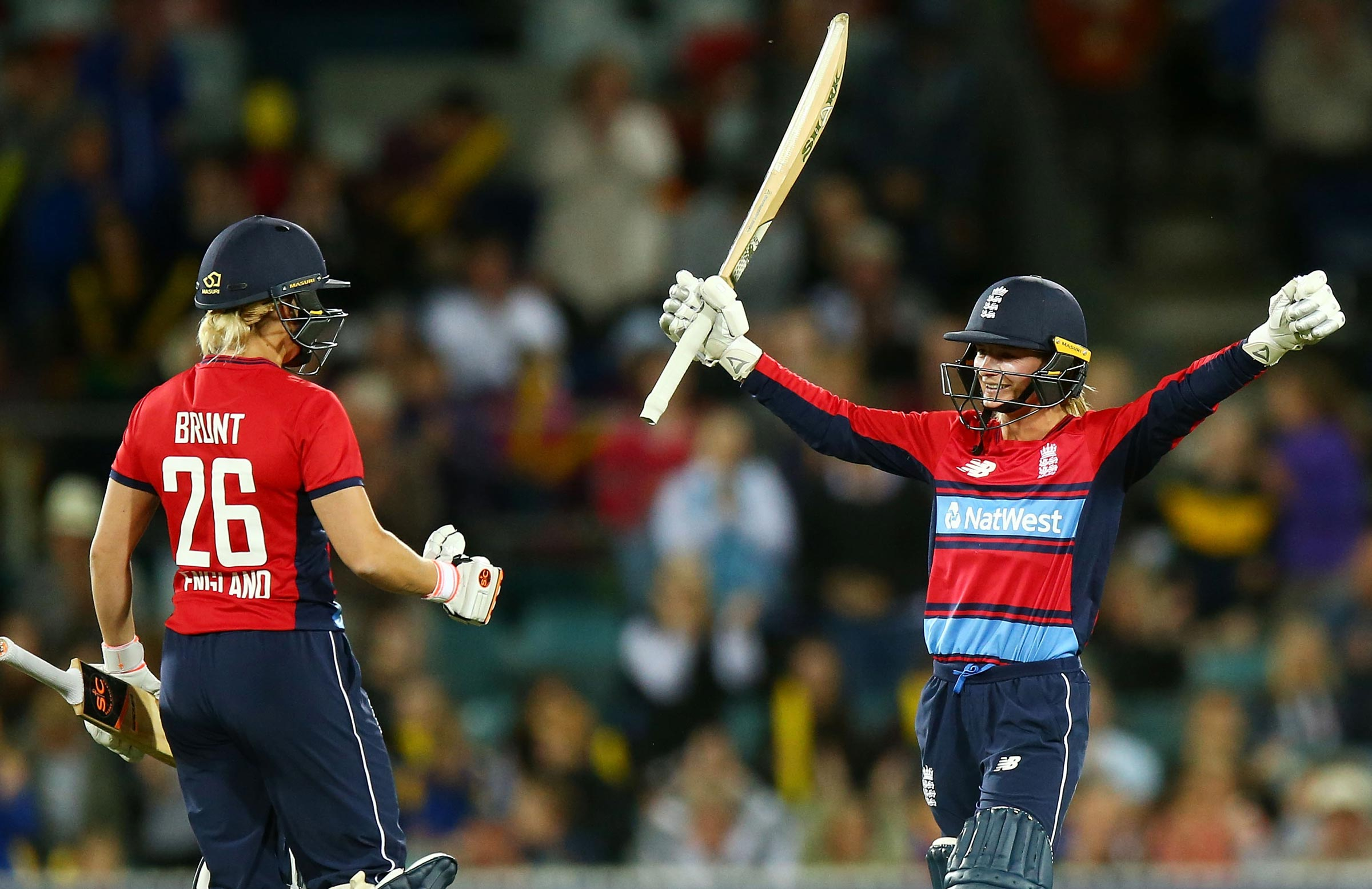 England fought back to level the Ashes 8-8 // Getty