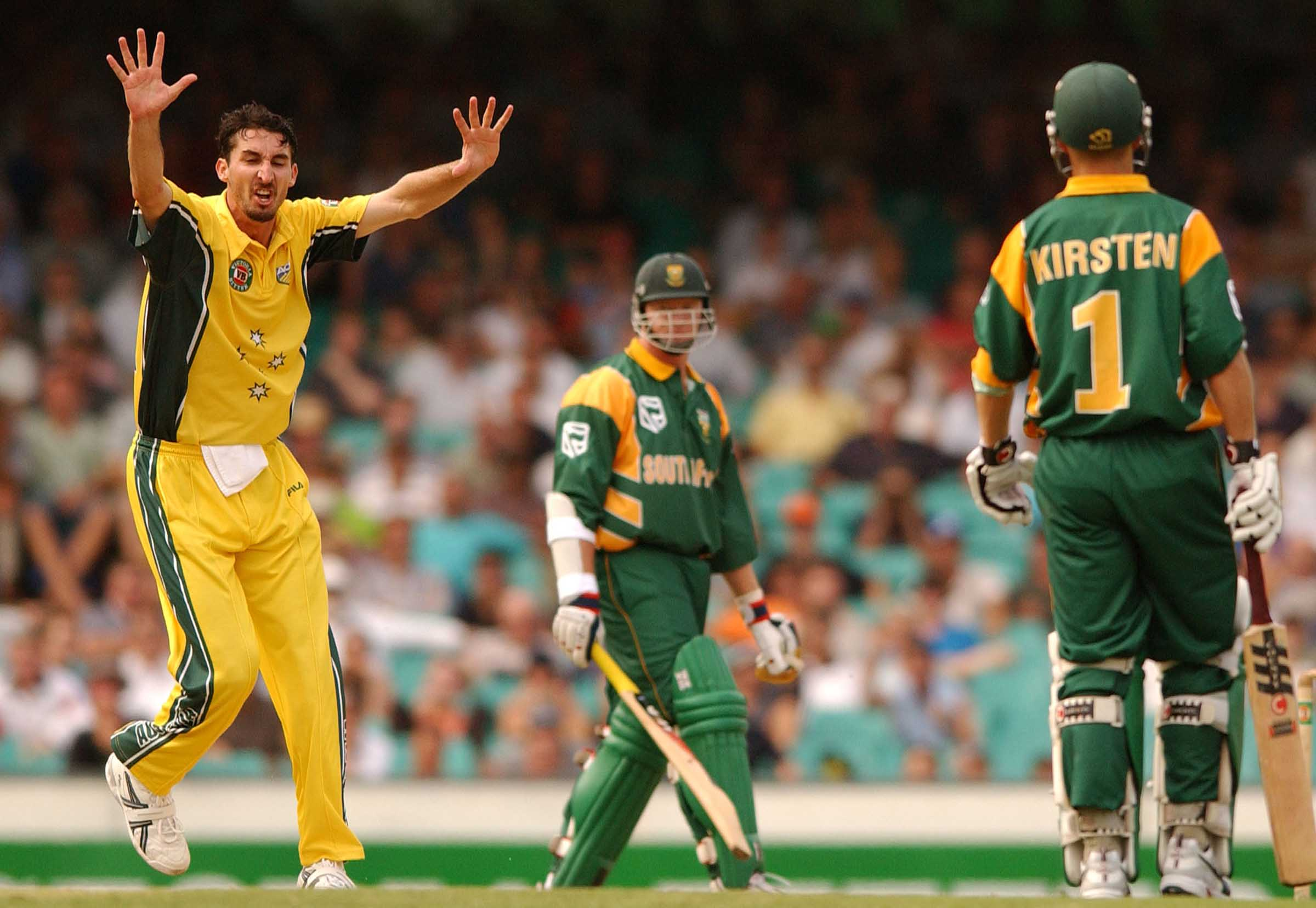 Jason Gillespie successfully crossed from Tests to ODIs in 2002 // Getty