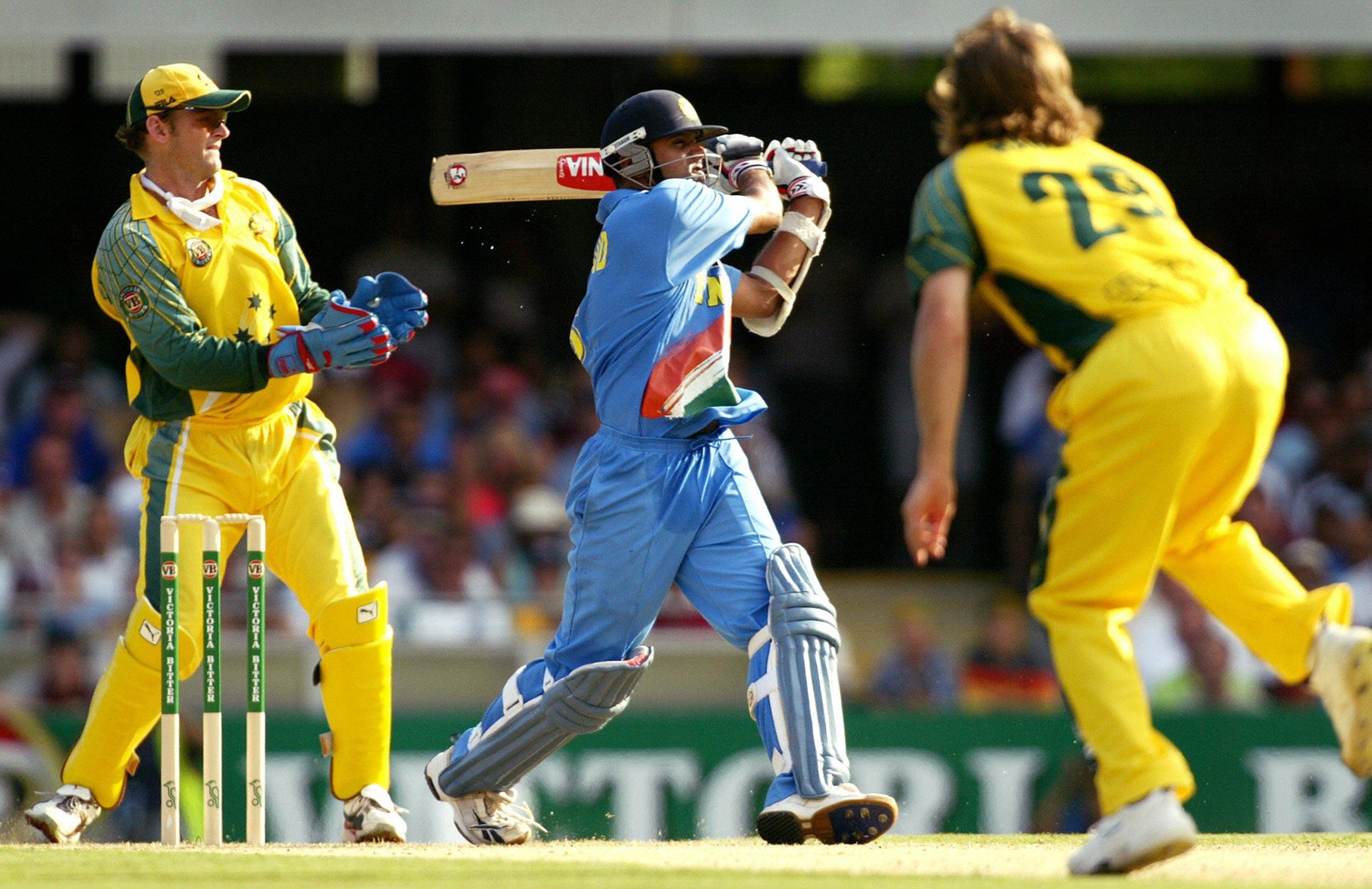 Rahul Dravid plays a pull shot against Ian Harvey // Getty