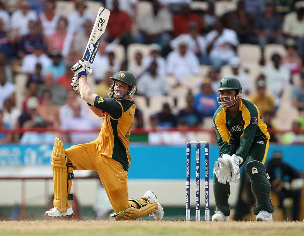 Hussey lofts the winning runs for six // Getty