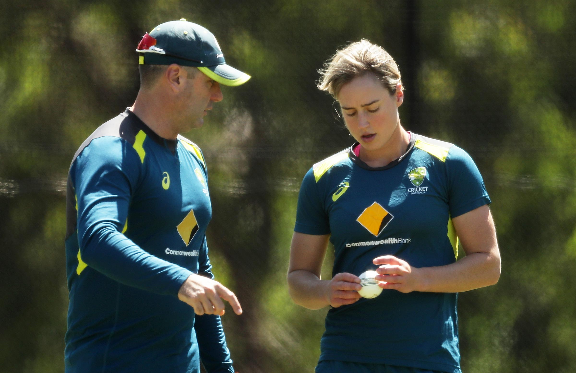 Ellyse Perry has praised Sawyer's influence on her bowling // Getty