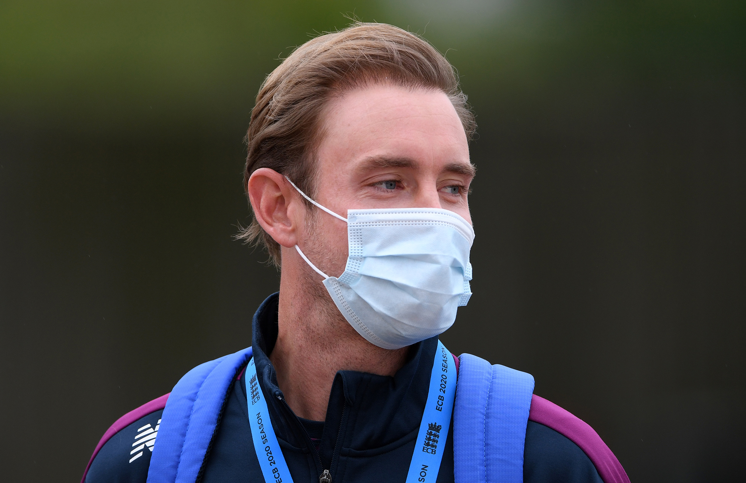 Broad wears a mask in the lead-in to the first Test // Getty