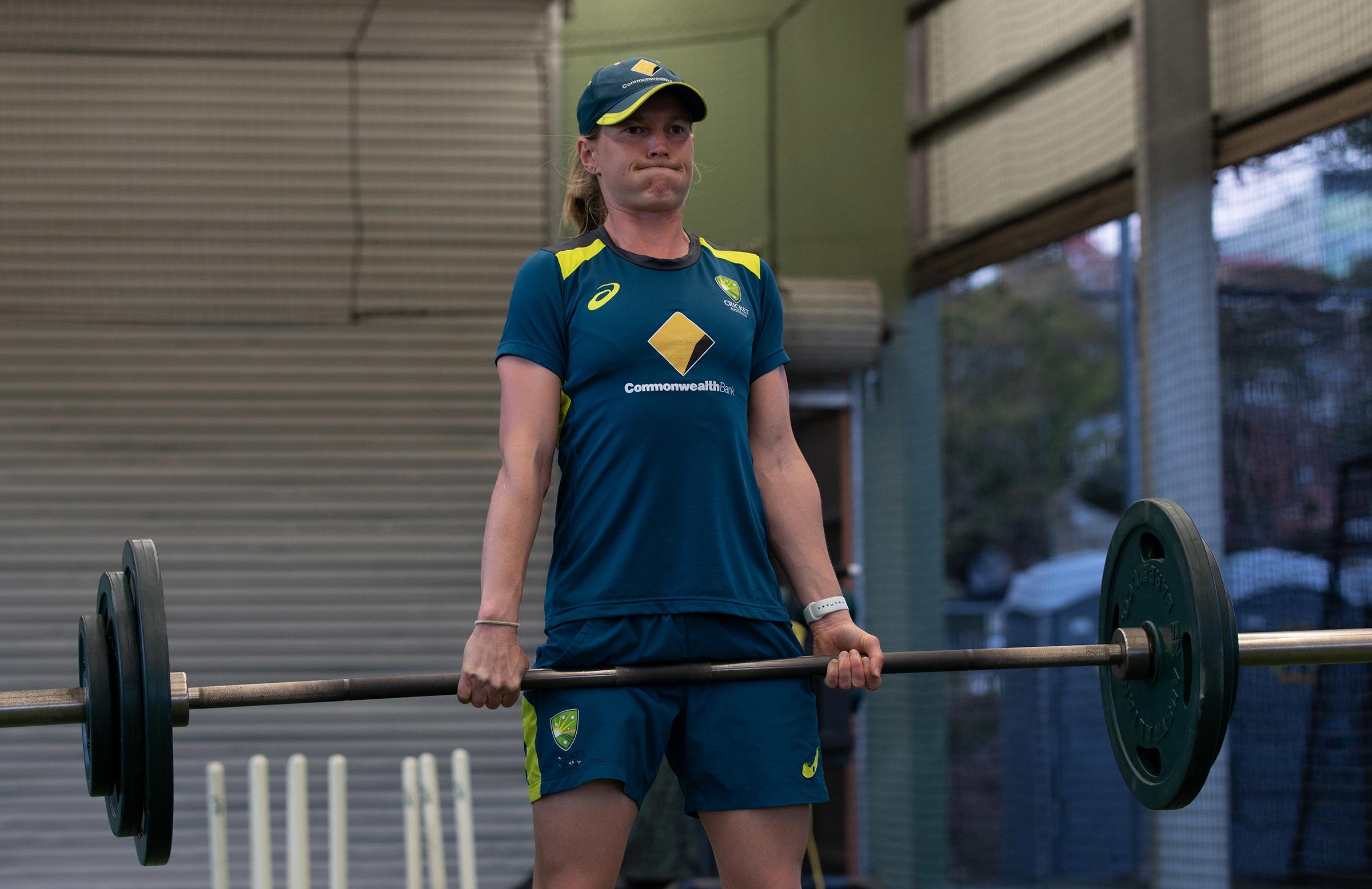Aussie skipper Meg Lanning in the open-air gym // cricket.com.au