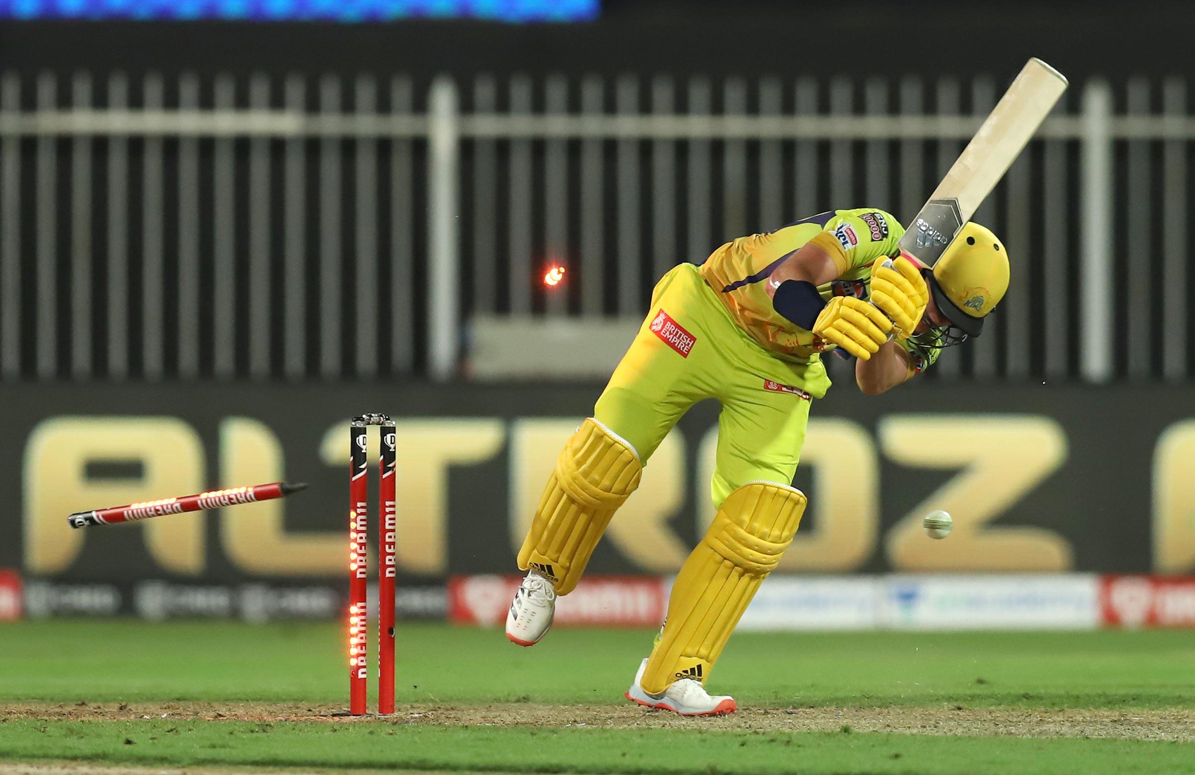 Bowled him! Boult cleans up Curran // BBCI/IPL