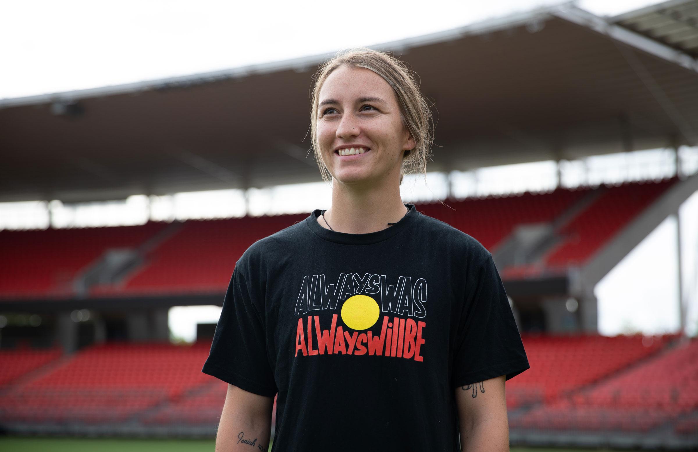 Brisbane Heat's Mikayla Hinkley // cricket.com.au