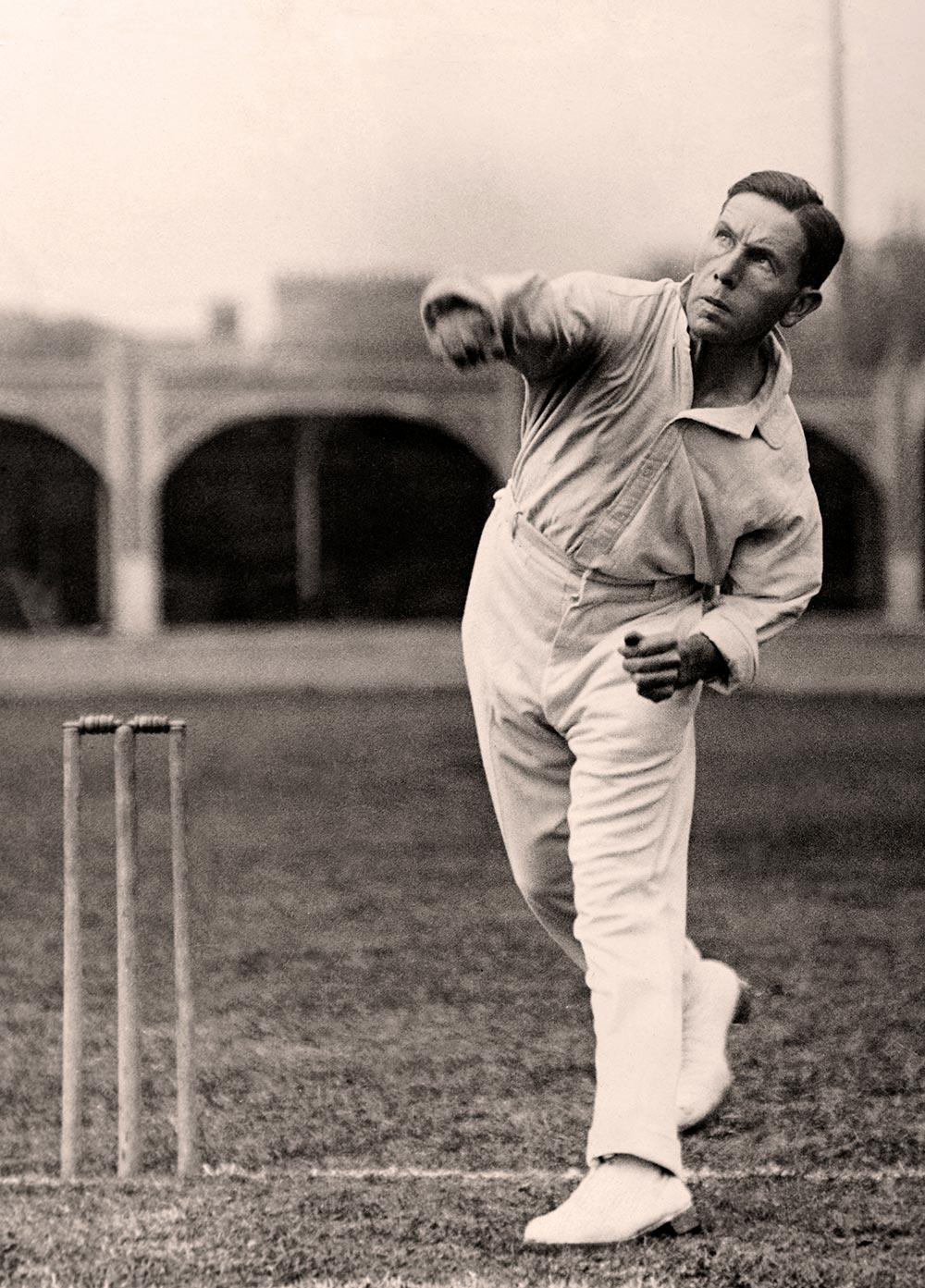 Arthur Mailey, bowling at training in England, 1926 // Getty