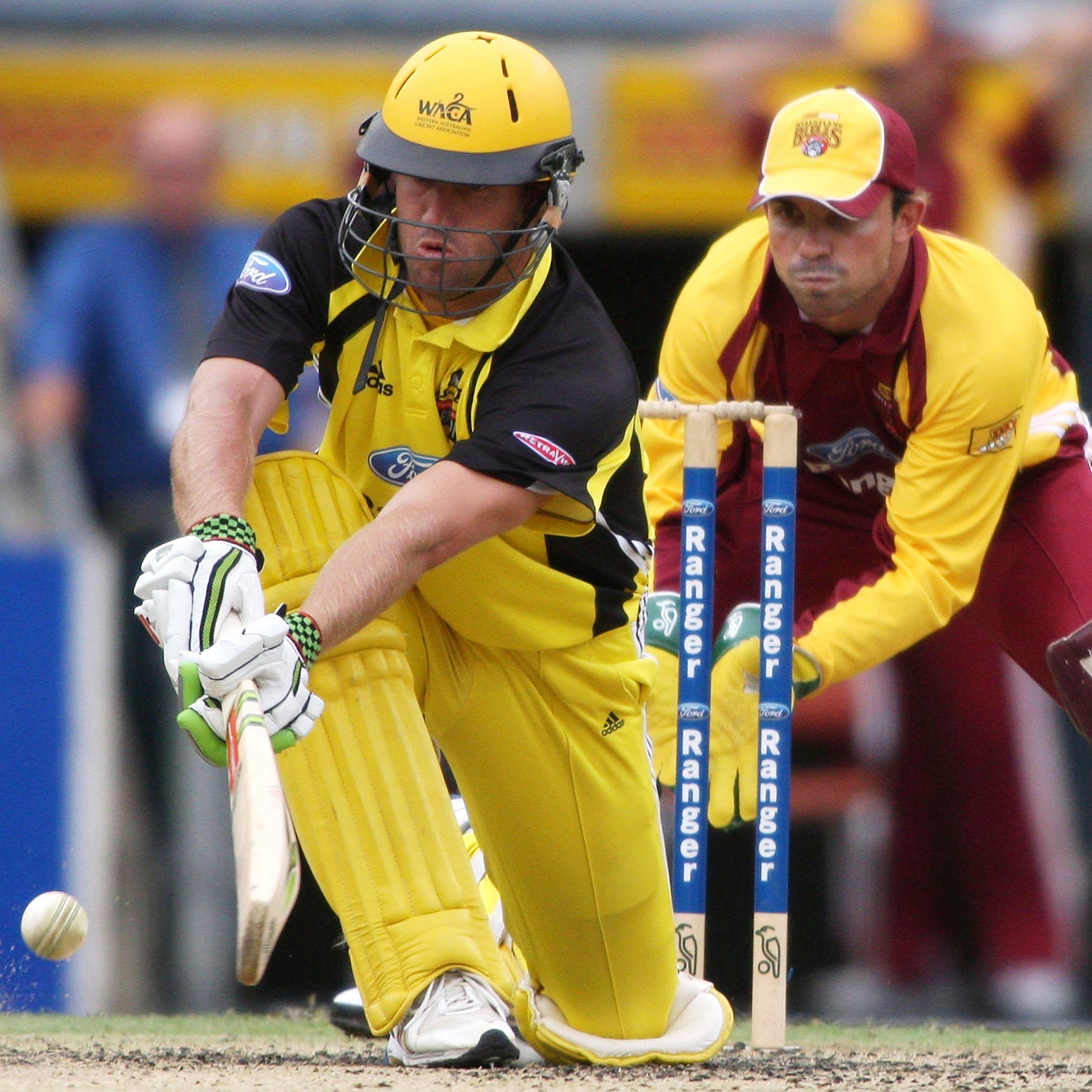 WA's Sean Ervine plays a sweep shot against Queensland // Getty